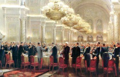 Победное кремлевское меню 1945 года: икра, расстегайчики, стерлядь в шампанском