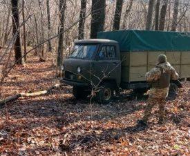 Контрабандист подарил украинцам 275 кг красной икры и сбежал в Россию