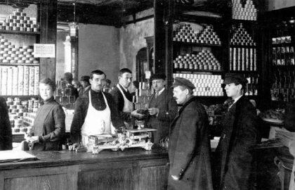 100 лет назад: голод в Поволжье и кремлевские пайки с икрой